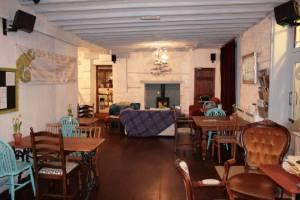 Cafe Chameleon, Ystradgynlais